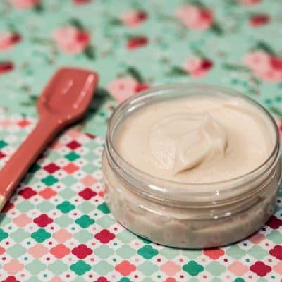 Recette cosmétique crème capillaire fortifiante sans rinçage